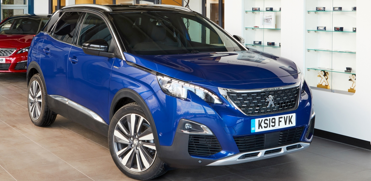 0eca9970ba PEUGEOT 3008 SUV WINS DRIVER POWER  BEST MID-SIZED SUV  FOR SECOND YEAR IN  A ROW